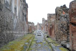 Small side street of Pompeii